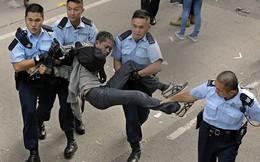 Gần 150 người biểu tình Hong Kong bị bắt giữ