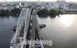 Bay trên cao ngắm cây cầu sắt 117 năm tuổi ở Sài Gòn sắp tháo dỡ