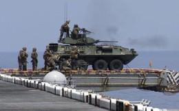 """Mỹ """"xích"""" xe chiến đấu vào tàu chiến: Thiếu hỏa lực đối đầu với  Iran?"""