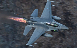 """Mỹ bán F-16 cho Đài Loan, hợp đồng Su-35 khủng của Trung Quốc bỗng chốc """"bé như mắt muỗi"""""""
