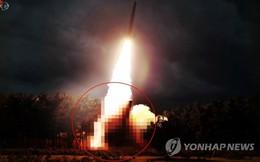 """Triều Tiên phóng vũ khí lần 3 trong 8 ngày, Tổng thống Mỹ vẫn nói """"không có vấn đề gì"""""""