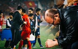 """Cả thầy Park lẫn bầu Đức sẽ phải đau đầu vì """"vận đen"""" khó tin của đội tuyển Việt Nam"""