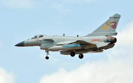 """Tiêm kích J-10C Trung Quốc ào ạt """"đổ bộ"""" Thái Lan chờ đọ sức cùng JAS-39"""