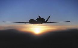 """""""Bóng ma"""" RQ-4 Mỹ bất ngờ xuất hiện ngay sau gáy Nga"""
