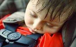 Bé gái 5 tháng tuổi bị mẹ bỏ quên trên xe ô tô gần 1 giờ đồng hồ sống sót thần kỳ