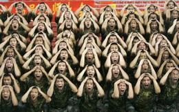 """""""Bệnh hòa bình"""": Điểm yếu chí tử của Quân đội Trung Quốc"""