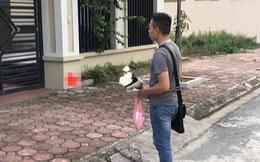 Vừa đi công tác về đã qua thăm mẹ vợ tương lai, chàng trai bị hủy lễ dạm ngõ vì bó hoa trên tay