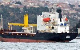 NÓNG: Tàu quân sự Nga chở đầy bom khẩn cấp vượt biển tới Syria