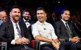 """Van Dijk nhận giải thưởng, nhưng Ronaldo """"chiếm sóng"""" bằng những lời ngọt ngào với Messi"""