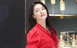 """Nàng """"Dae Jang Geum"""" Lee Young Ae xuất hiện với vẻ ngoài xinh đẹp trẻ trung ở tuổi 49"""