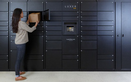 """Thành công nhờ """"đứng trên vai người khổng lồ"""": Công ty kinh doanh tủ khóa với hệ thống bảo mật chỉ là chiếc iPad"""