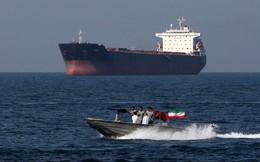 """Trao 2 cảng chiến lược cho Moscow, Iran """"đặt cược"""" vào Nga?"""