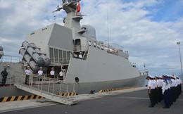 Tàu 016-Quang Trung cập quân cảng Cam Ranh an toàn
