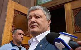 [ẢNH, VIDEO] Giữa hàng loạt tin đồn, cựu Tổng thống Poroshenko bất ngờ trở lại Ukraine trong đêm?