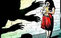 Hiếp dâm bé gái 14 tuổi rồi cứa cổ nạn nhân