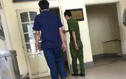 2 hay 4 lao động là phạm nhân bị thương trong vụ sập tường ở nhà máy gạch?