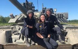 """Những """"bông hồng thép"""" tại Tank Biathlon 2019"""