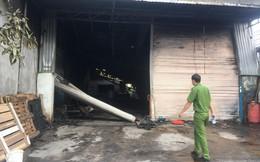 Cháy quán cà phê lan sang kho chứa hàng, ước tính thiệt hại trên 3 tỉ đồng