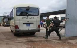 Bộ Công an khám xét xưởng sản xuất ma túy, thu 13 tấn tiền chất, giữ nhiều người Trung Quốc