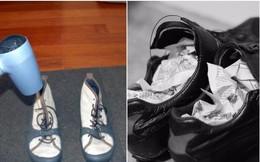 Đi mưa về, làm ngay việc này để giữ giày luôn mới và không bị hôi