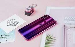 Vingroup công bố giá bán chính thức cho chiếc điện thoại thứ 4 thế hệ 2