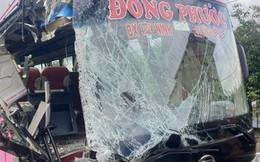 TP.HCM: Xe khách tông vào đuôi xe container khiến nhiều người bị thương