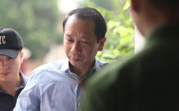 Hà Giang xét xử gian lận điểm thi THPT 2018: Vắng 122 người, LS đề nghị xem xét tính hợp pháp của thư triệu tập