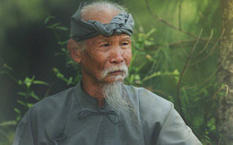 Diễn viên già nhất phim Hai Phượng: 81 tuổi vẫn chạy xe máy đi làm, cả đời hy sinh vì nghiệp diễn