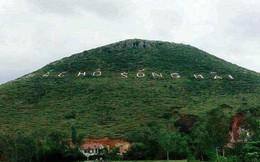 """Độc đáo dòng chữ """"Bác Hồ sống mãi"""" ghi tạc trên núi cách đây nửa thế kỷ"""