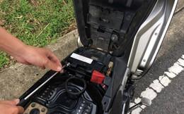 Làm sao để biết bình ắc quy xe máy bị yếu, hỏng?