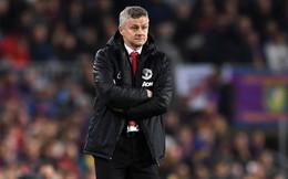 Mourinho chê MU thậm tệ, Solskjaer phản ứng yếu ớt