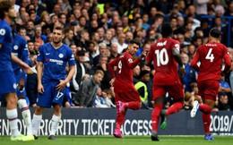 """Dụng chiêu độc """"không trượt phát nào"""", Binh đoàn đỏ khiến Chelsea gục ngã đầy cay đắng"""