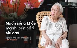 Bí quyết từ 'người mẹ vĩ đại' 102 tuổi của NSND Đặng Thái Sơn: Thể dục, thiên nhiên, nước muối... và mỹ phẩm