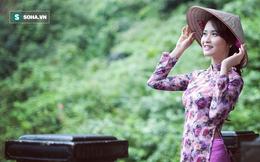 Cô giáo tiểu học xinh đẹp mê bóng đá, thần tượng Duy Mạnh vì hình ảnh đẹp ở Thường Châu