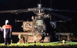 Trực thăng tấn công Apache xoay vòng lao đầu vào đường điện cao thế