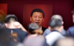 """""""Hoặc lãnh đạo mạnh mẽ, hoặc sụp đổ"""": Đưa ra tuyên bố trọng đại, Bắc Kinh vẫn không quên đả kích Mỹ gay gắt"""