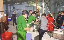 Người Trung Quốc dùng 20 tấn máy móc... chế ma túy ở VN