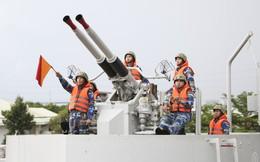 """Lữ đoàn 125: """"Trẻ hóa"""" những con tàu """"70 tuổi quân"""""""