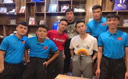 """Đàn anh thân thiết của Văn Hậu khuyên fan bình tĩnh đợi: """"Đây là bóng đá chuyên nghiệp, không phải tình cảm mến thương"""""""