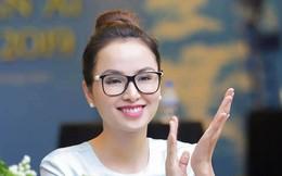 Hoa hậu Diễm Hương mặc giản dị đi sự kiện