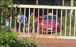 Tài xế taxi bị 2 thanh niên dùng dao kề vào cổ  cướp tài sản