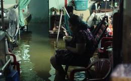 Dân Sài Gòn méo mặt vì triều cường kỷ lục