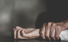 Vừa mãn hạn tù vì tội ngoại tình, vợ bị chồng lạnh lùng bắn chết