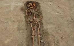 Kỳ bí mộ cổ gần 300 người chết vì thần mặt trăng