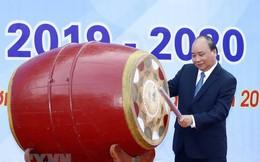 [Photo] Thủ tướng dự Lễ khai giảng năm học mới tại trường THPT Sơn Tây