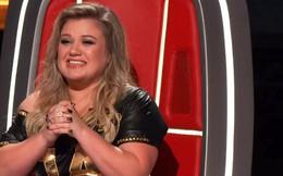 """Kelly Clarkson tiết lộ bị... vỡ 1 bộ phận cơ thể khi quay """"The Voice"""""""