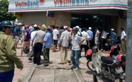 Hà Nội: Cầm súng giả đi cướp ngân hàng bị bảo vệ tóm gọn