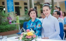 Hoa hậu Doanh nhân Việt Hàn Thu Hiền xinh đẹp trong tà áo dài, về thăm lại trường cũ