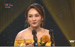 """Lễ trao giải VTV AWARDS 2019: Bảo Thanh và dàn diễn viên của bộ phim gây sốt """"Về nhà đi con"""" thắng lớn"""