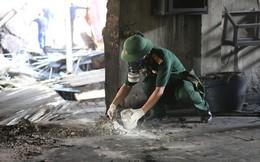 Binh chủng Hóa học lên phương án tiêu độc khu vực cháy Công ty Rạng Đông